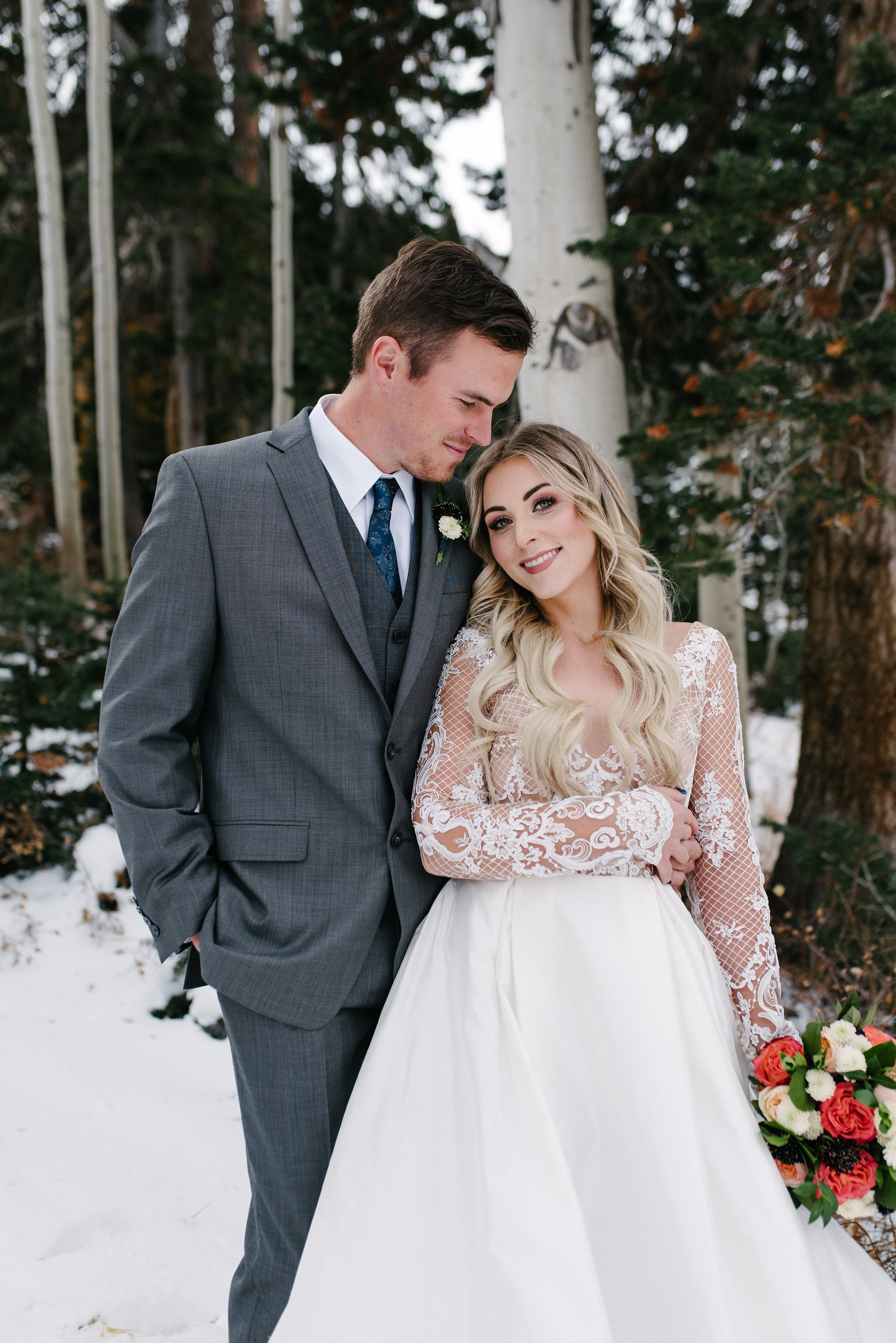 Have We Convinced You Yet Well If Here Are A Few Thoughts For Your Chilly Celebration First Things Warmth Just Because Its Cold Outside: Mountain Themed Wedding Dress At Websimilar.org