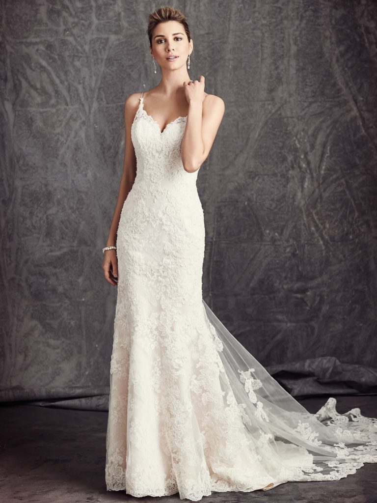BE295 stock photo from KW website, a lace fitted wedding dress